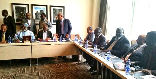 Leaders of the Sudan Revolutionary Front (SRF) in a meeting with the AU High-level Implementation Panel, mediating the Sudanese peace negotiations, Addis Ababa, 2 September 2014 (Courtesy of the SRF)