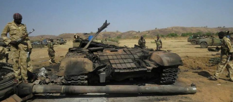 A T72 tank knocked-out by SPLM-N combatants in the battle of Trogi, South Kordofan, 4 and 5 January 2014 (SPLM-N)