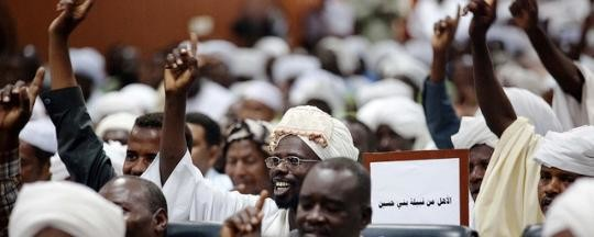 Members of the Beni Hussein and Abbala tribes at a peace conference in El Fasher, capital of North Darfur, July 2013 (Unamid)