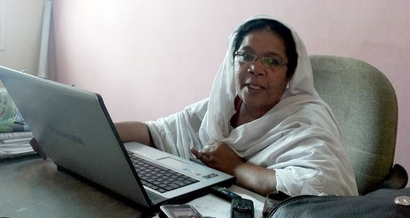 Madeeha Abdallah, editor-in-chief of El Midan newspaper at her office in Khartoum, June 2013 (monitor.co.ug)