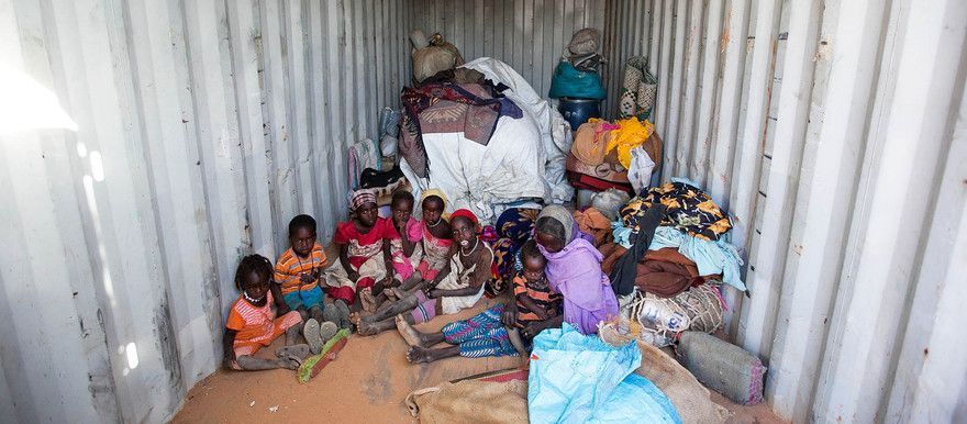 Displaced at the safe zone of Unamid in Um Baru, 26 January 2015 (Hamid Abdulsalam/Unamid)