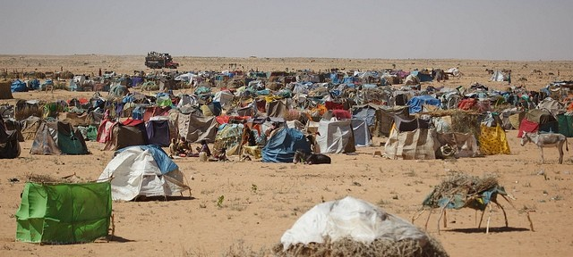 Tents and huts where displaced people live in in Zamzam camp, North Darfur, 2015 - one of the largest camps in Darfur (Albert Gonzalez Farran/Unamid)