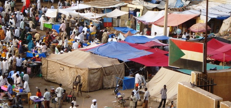 A market in El Fasher, capital of North Darfur (file photo)