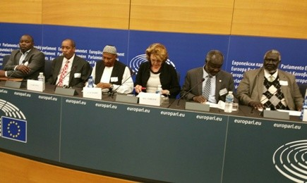 EU MP Marie-Christine Vergiat and leaders of the Sudan Revolutionary Front and the National Umma Party during a press conference at the European Parliament (Sudan Tribune)