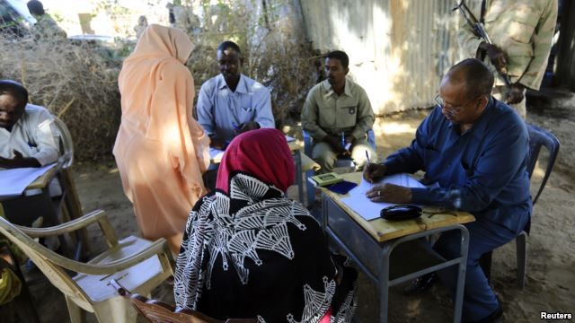 Lawyers in Darfur telling Security Council that the special prosecutor for crimes in Darfur, is a 'drama'. Here the prosecutor Yasir Ahmed Mohamed, during an investigation into allegations of mass rape in Tabit (Nov. 20, 2014, file photo).
