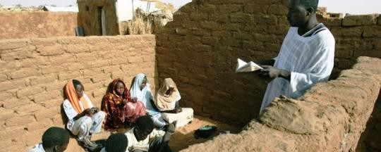 Class in Abu Shouk camp in North Darfur (Nasser Nasser)