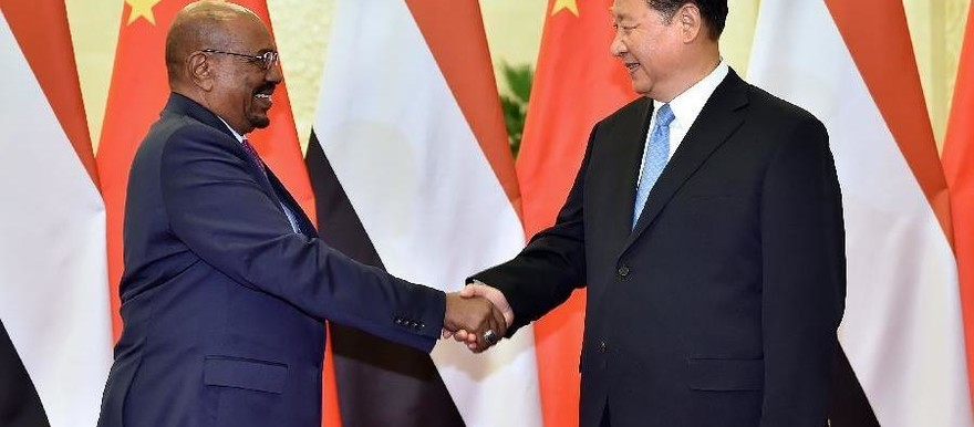 Chinese President Xi Jinping meets with Sudanese President Omar Al Bashir in Beijing, capital of China, Sept. 1, 2015 (Li Tao/Xinhua)