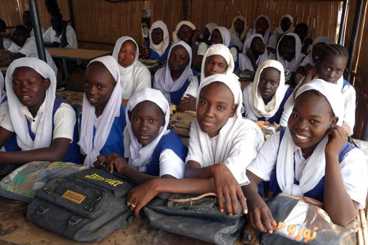 Basic school students in Omdurman, Khartoum (Save the Saveable School)
