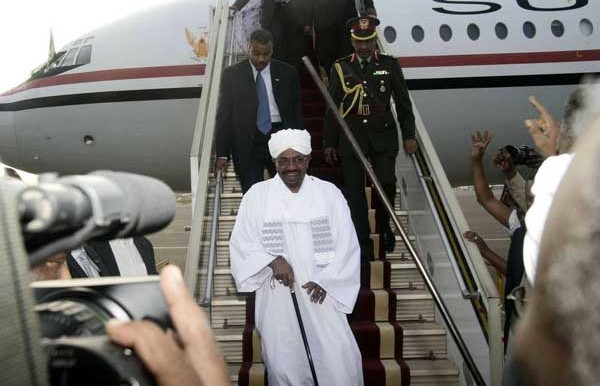 President Omar Al Bashir arrives in Khartoum from Johannesburg (Ebrahim Hamid-AFP)