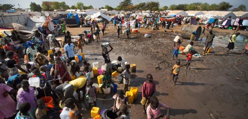 Children fetch water at Yida Refugee Camp, Maban, South Sudan's Upper Nile (Eye Radio)