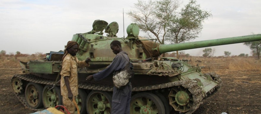 A tank the rebel combatants claimed to have seized from the Sudanese army during fighting in Alrom in Blue Nile, April 2016 (SPLM-N)