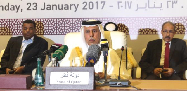 Ahmed bin Abdullah Aal Mahmoud, Deputy Prime Minister of Qatar, during signing ceremony of the Doha peace document for Darfur on 23 January 2017 (Haberler.com)