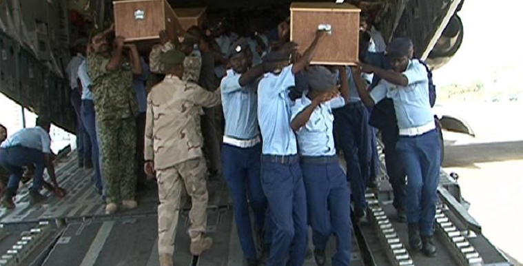 The bodies of five Sudanese soldiers killed in Yemen arrive at Khartoum Air Base today (Picture: (SUNA)