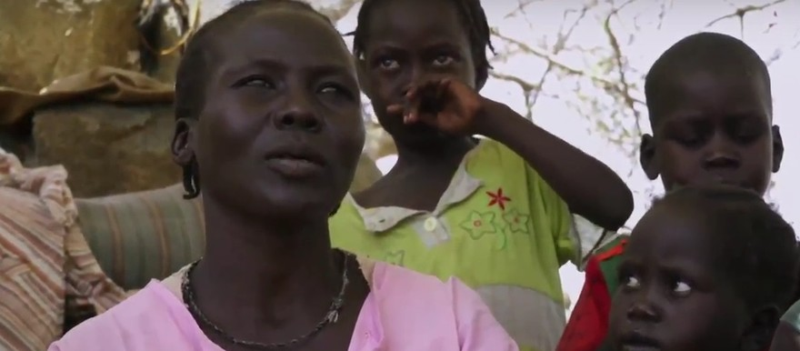 Displaced Nuba family (Nuba Reports)