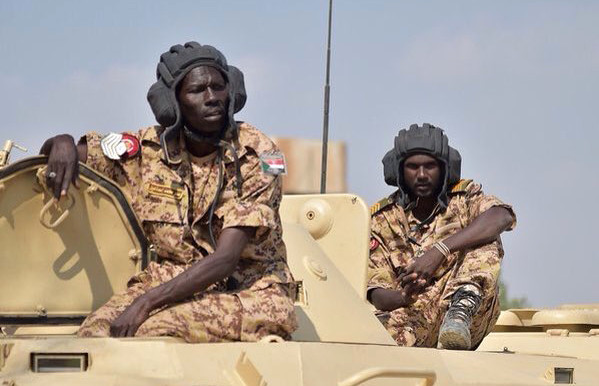 Sudanese army troops man an armoured personnel carrier in Yemen (File photo: Defence-Blog.com)