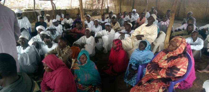 The meeting of representatives of displaced people in Kalma camp, near Nyala, on Monday (RD)