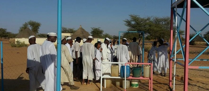 People obtaining drinking water in El Gedaref, eastern Sudan (file photo)