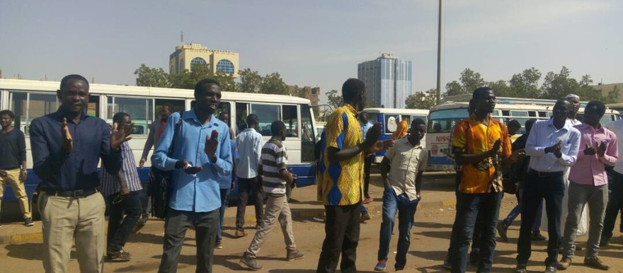Darfuri students gather Khartoum on Tuesday (RD)