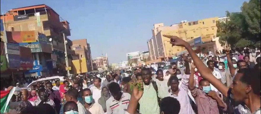 Sudanese protest austerity measures and soaring prices, January 17, 2018 (RD)