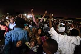 Political detainees released in Khartoum, February 18, 2018 (Mohamed Nureldin Abdallah/Reuters)
