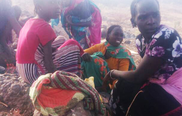 Women and children displaced by the fighting in Jebel Marra (RD)