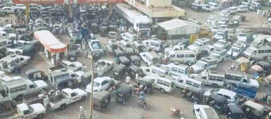 Queueing in front of a fuel station in Sudan (file photo)