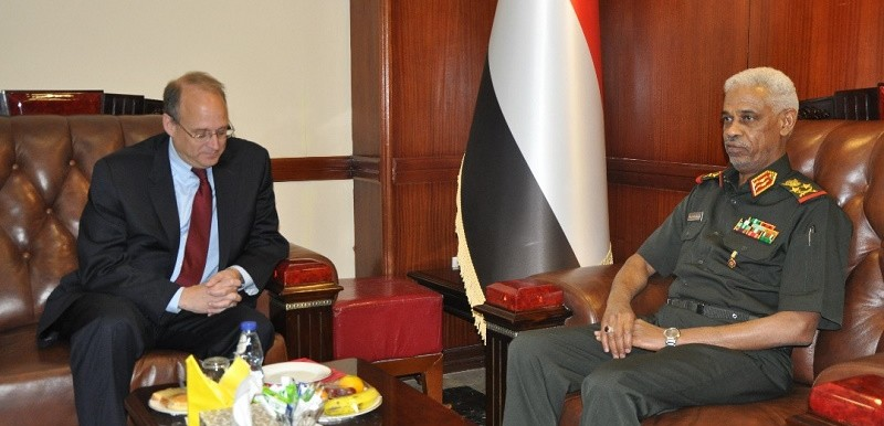 US Assistant Secretary of the Treasury for Terrorist Financing Marshall Billingslea met with Sudan's Minister of Defence, Awad Mohamed Ahmed bin Oaf in Khartoum on 30 April 2018 (SUNA)