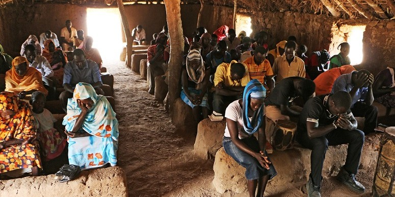 A church service in the Nuba Mountains, South Kordofan, in 2015 (World Watch Monitor)