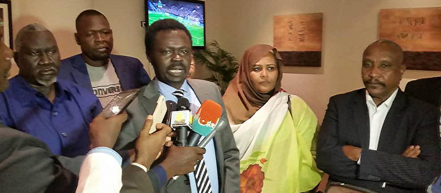Minni Minawi, Secretary-General of the Sudan Call alliance, speaks to reporters following a meeting with AUHIP head Thabo Mbeki in Addis Ababa today. He is flanked by SPLM-N faction leader Malik Agar, SPLM-N (Agar) spokesman Mubarak Ardol, Dr Maryam El Sadig El Mahdi, Co-Vice-President of the National Umma Party (NUP), and Yasir Arman, deputy head of the Sudan People's Liberation Movement North (SPLM-N)