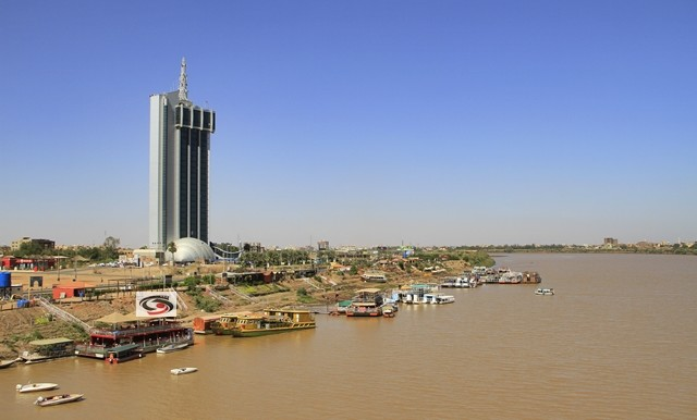 Khartoum telecommunications tower (rawanmedia.com)