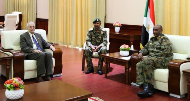 Sudan's military council, opposition alliance ink political deal