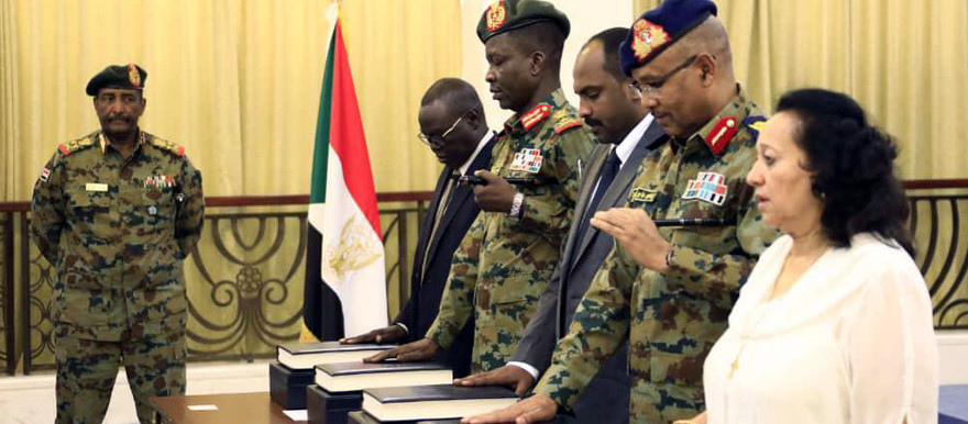Members of Sudan's new Sovereign Council take their Oath of Office, August 21, 2019 (SUNA)