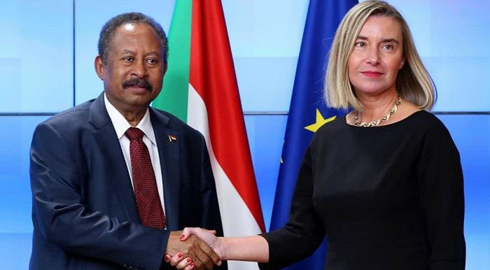 Sudan's PM Abdallah Hamdok greets Federica Mogherini, EU High Representative for Foreign Affairs and Security Policy, and Vice-President of the EU Commission, November 11, 2019 (SUNA)