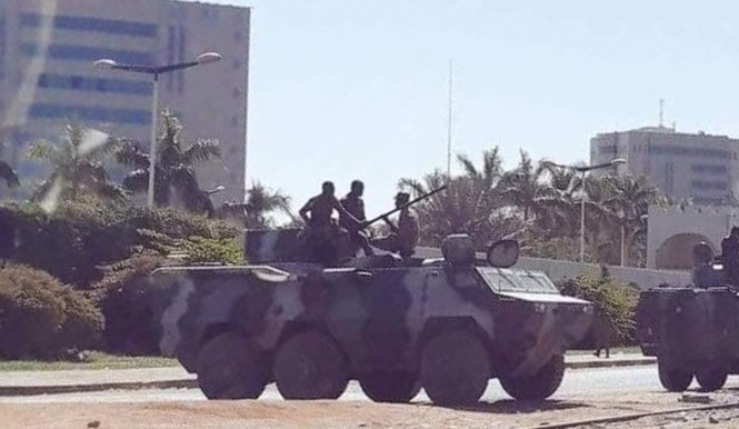 Army troops guarding the main roads in Khartoum this afternoon (Social media)