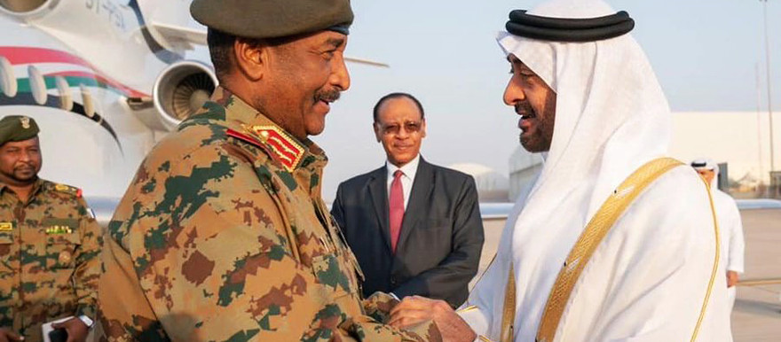 President of the Sovereign Council, Lt Gen Abdelfattah El Burhan greeted on arrival in Abu Dhabi *Social media)