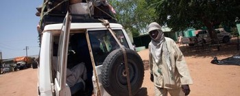 A passenger van in West Darfur (Unamid)