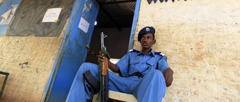 Policeman guarding a police station in Omdurman (file photo)