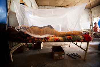 A patient at El Sareif Hospital in North Darfur (Albert González Farran/Unamid)