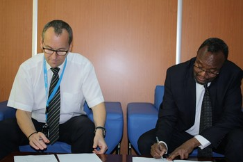 UNHCR, Unicef sign cooperation accord in Khartoum, 9 August 2015