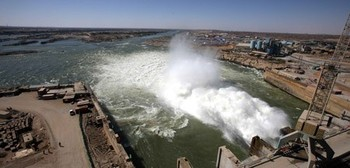 The Merowe Dam in northern Sudan (english.people.com.cn)