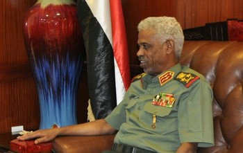 Minister of Defence of Sudan, Awad Mohamed Ibn Auf (file photo)