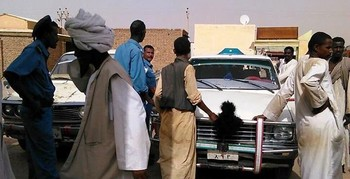 Policemen inspect a vehicle in eastern Sudan (File photo)