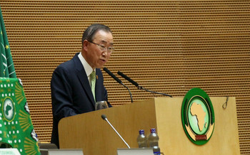 UN Secretary-General Ban Ki-moon addresses the opening ceremony of the AU's 26th Assembly in Addis Ababa, 30 January 2016 (Tiksa Negeri / Reuters)