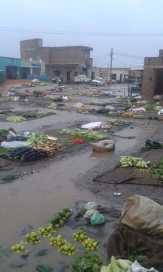 An market abandoned because of the heavy rains in Sudan (RD)