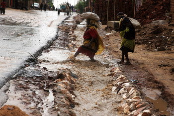 Waterlogged road in El Fasher, North Darfur, August 2016 (RD)