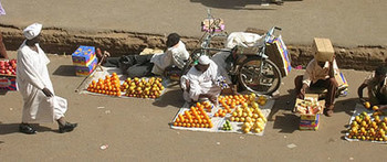 Fruit sellers at the El Soug El Arabi in downtown Khartoum (Transitions Abroad)