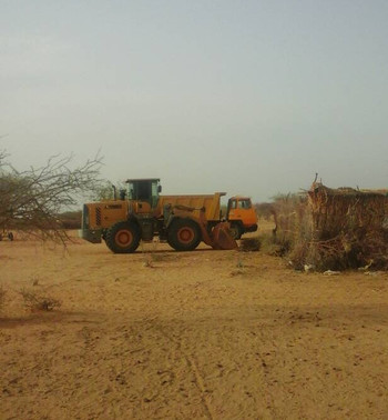 A truck at work at the gold mining factory site near El Naim, Um Keddada, this week (RD)