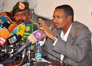 Rapid Support Forces Commander Mohamed Hamdan at a press conference in Khartoum, 28 July 2015 (alnilin.com)