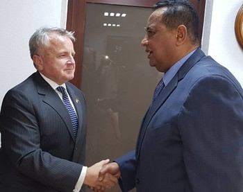 Deputy Secretary of State John Sullivan meets Foreign Minister Ibrahim Ghandour in Khartoum on 16 November (RD)