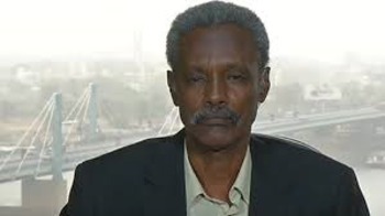 Journalist Kamal Karrar of El Midan newspaper remains in detention by the Sudanese security service in Khartoum (file photo)